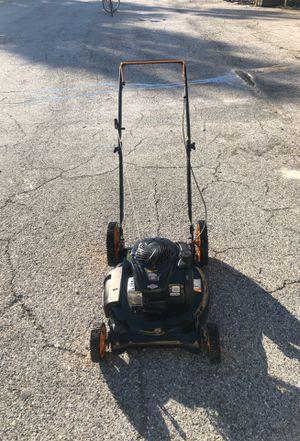 Lawn mower Poulan Pro for Sale in Sarasota, FL