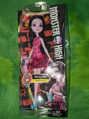 Monster High - Ghoul's Beast Pet - Draculaura W/Box Damage for Sale in Tacoma, WA