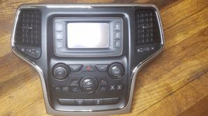 Radio Jeep Grand Cherokee 2015-2016 OEM VP2 RA2 Unconnect 5.0 Touch Screen Bluetooth Radio AM FM SAT Headunit Receiver for Sale for sale  Bronx, NY