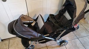 Double stroller for Sale in West Palm Beach, FL