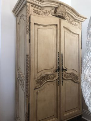 Antique and Country Pine armoire for Sale in Boca Raton, FL