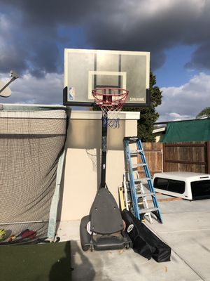 FREE basketball hoop for Sale in Garden Grove, CA