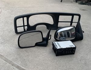 Chevy truck parts, Silverado 2001, original dash, original side mirrors, orig. radio for Sale in Anaheim, CA