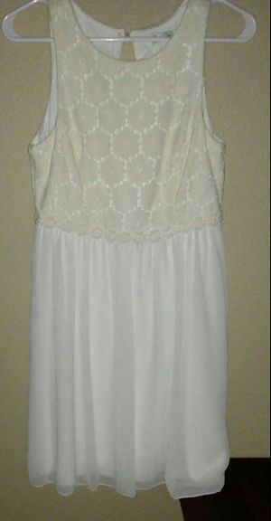 White Dress for Sale in Phoenix, AZ