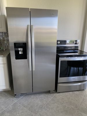 Fridge and stove for Sale in Lake Worth, FL