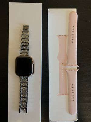Apple Watch Gold 44mm series 4 w/ GPS for Sale in Olympia, WA