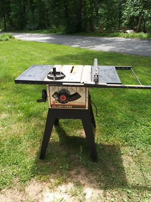 CRAFTSMAN TABLE SAW for Sale in Billerica, MA