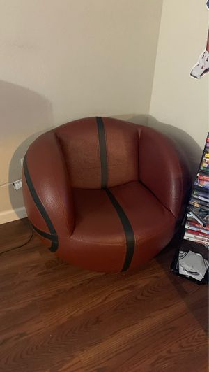 Kids chair for Sale in Temecula, CA