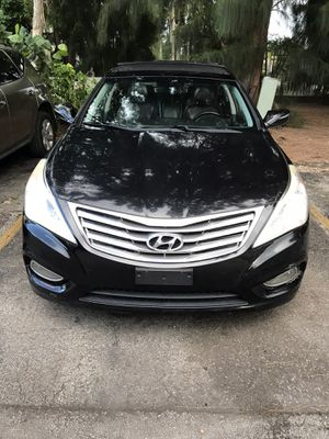 Hyundai Azera 2013 for Sale in North Miami, FL