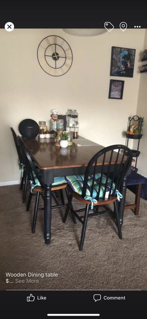 Dining table for Sale in Roanoke, VA