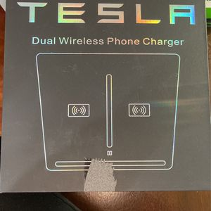 Tesla Dual Wireless Phone Charger for Sale in Oak Lawn, IL
