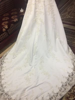 Michaelangelo wedding dress from Davids Bridal (white,gold, flower decor) for Sale in Dearborn, MI