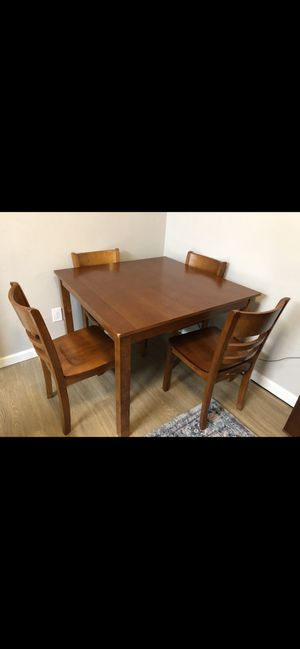 Gently used wood table for Sale in San Diego, CA