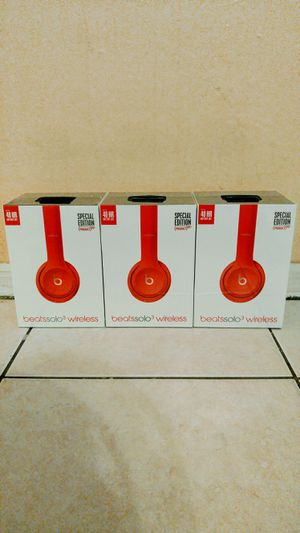 Beats Solo 3 Wireless Red for Sale in Tampa, FL