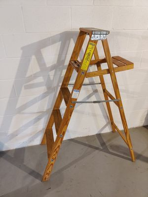 ARCHBOLD Wooden Ladder for Sale in Hagerstown, MD