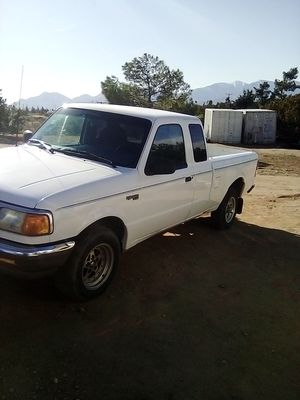 Ford Ranger XLT extra cab for Sale in Hesperia, CA