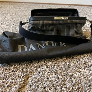 Danier Purse Short Strap - Brand New for Sale in Kent, WA