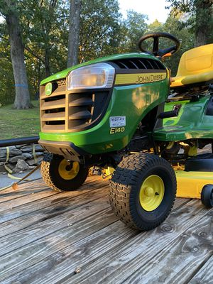 John Deere tractor and Snowblower for Sale in Portland, CT