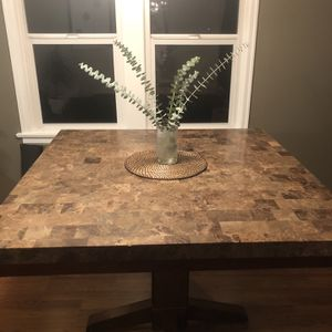 Marble Top Kitchen Table for Sale in Federal Way, WA