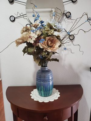 Base with flower for Sale in Alta Loma, CA