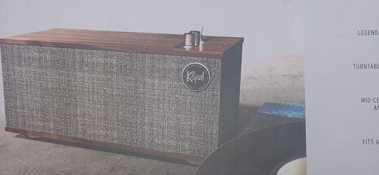 """Klipsch Tabletop Speaker """"The One II"""" / Portable Speaker for Sale in London,  KY"""