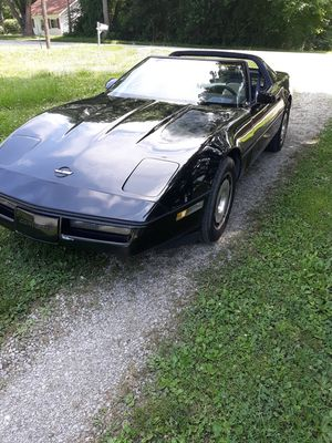 1984 Chevy Corvette T-top for Sale in Caseyville, IL