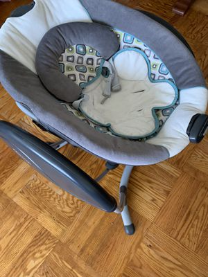 Baby swing graco for Sale in Daly City, CA