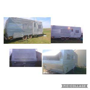 1985 8x20 Travel Trailer Komfort Camper title in hand for Sale in Box Elder, SD