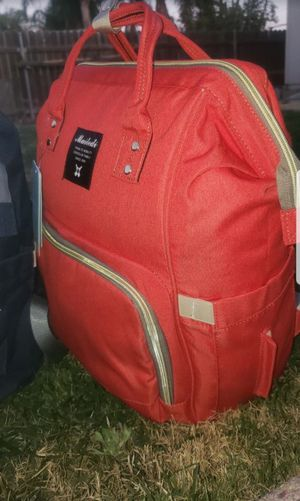 Red large diaper bag for Sale in Bell Gardens, CA