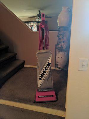 Oreck commercial vacuum excellent condition for Sale in Glendale, AZ