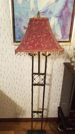 Floor lamp for Sale in Alvin, TX