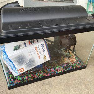 Aqueon Aquarium Kit 10 Gallon for Sale in Sandy, OR
