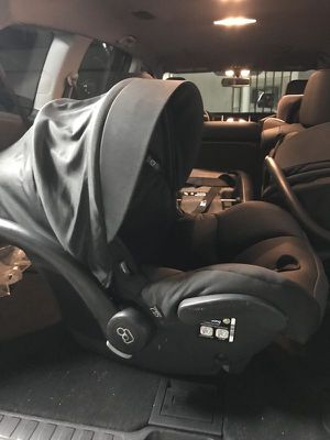 Maxi Cosi Mico Max 30 Infant Car Seat - $80 (Newport, Jersey City) for Sale in Jersey City, NJ