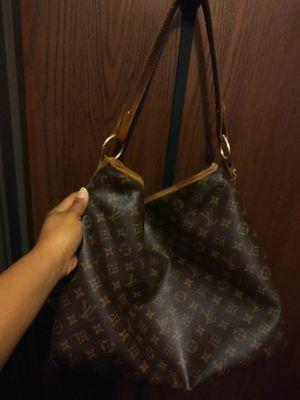 Large authentic delightful Louis Vuitton bag for Sale in West Allis, WI