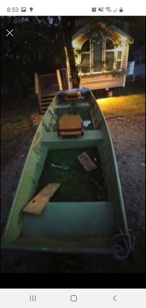 14 ft jon boat for Sale in Franklin Park, IL