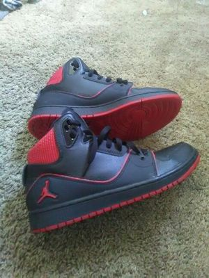 Jordan Mid-1 Size 9.5 for Sale in Williamsport, PA