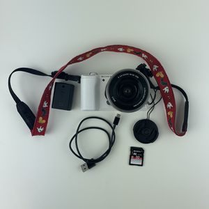 Sony A5100 Camera W/ 16-50mm Lens for Sale in Los Angeles, CA