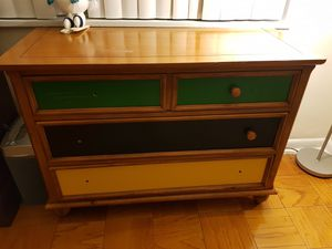 3 set of dressing tables used for Sale in Silver Spring, MD