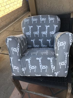 Giraffe Toddler Recliner for Sale in Los Angeles, CA