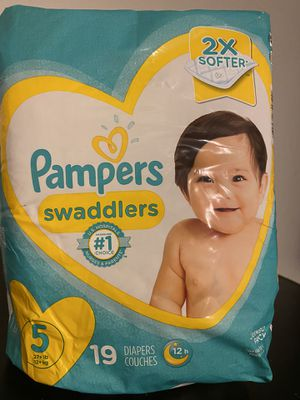 Pampers Size 5 for Sale in San Diego, CA