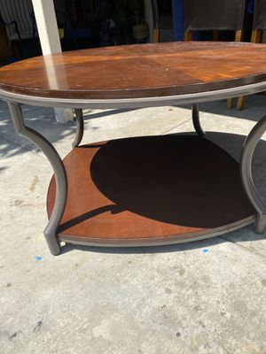 Coffee table for Sale in Fontana, CA