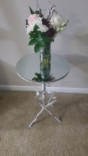 mirror glass top copper goldish table end table stand for Sale in Germantown, MD