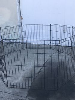 COLLAPSIBLE EXERCISE PEN FOR DOG for Sale in Torrance,  CA