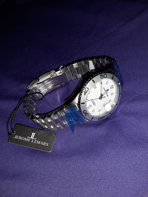 Jerome Lemars watch (official)