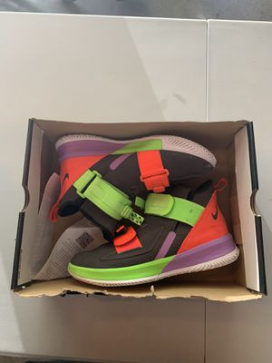 Lebron soldiers size 9.5 for Sale in Inver Grove Heights, MN
