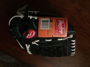 Rawlings lefty 11.5 inch Fast-pitch softball glove for Sale in Newport News, VA