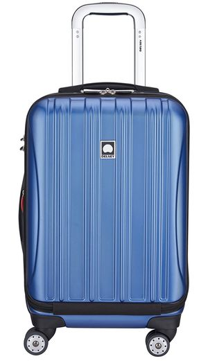 Delsey Carry one suitcase '19 inch for Sale in Washington, DC
