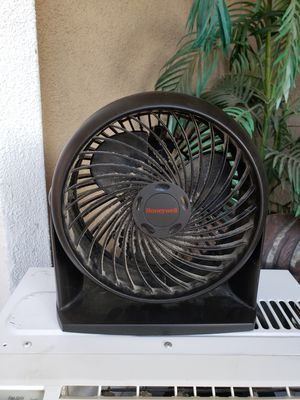 Table fan for Sale in Lake Elsinore, CA