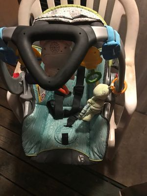 Babytrend woodland car seat for Sale in Laceys Spring, AL