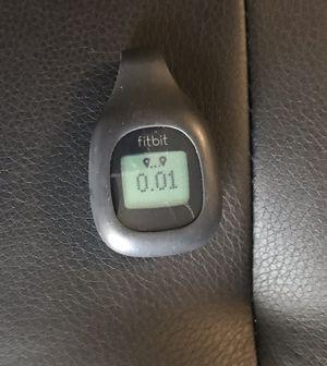 Black Fitbit zip wireless activity tracker with black belt clip for Sale in Kenosha, WI